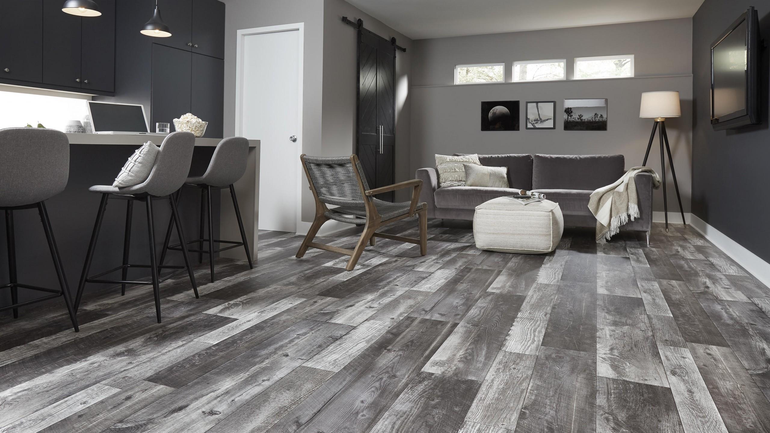 Complete information regarding vinyl flooring.